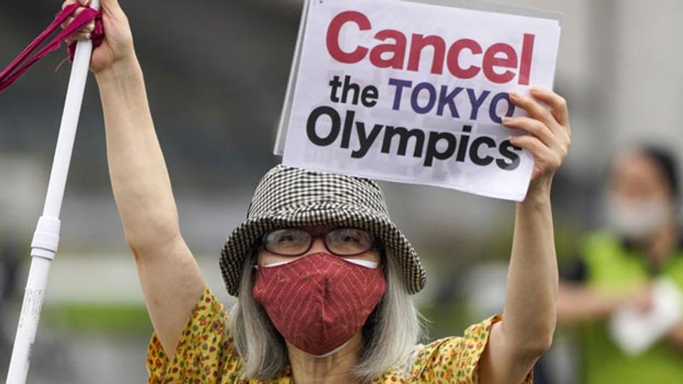 Proteste am 18. Juli 2021 in Tokio gegen die Olympischen Spiele, die am 23. Juli beginnen.