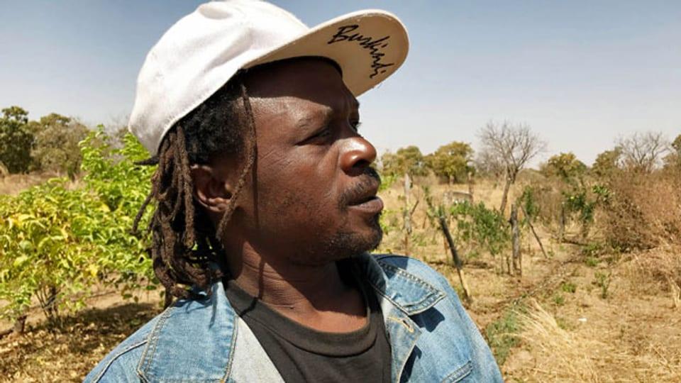Der Rapper Art Melody aus Burkina Faso versucht sich seit einigen Jahren als Bauer.