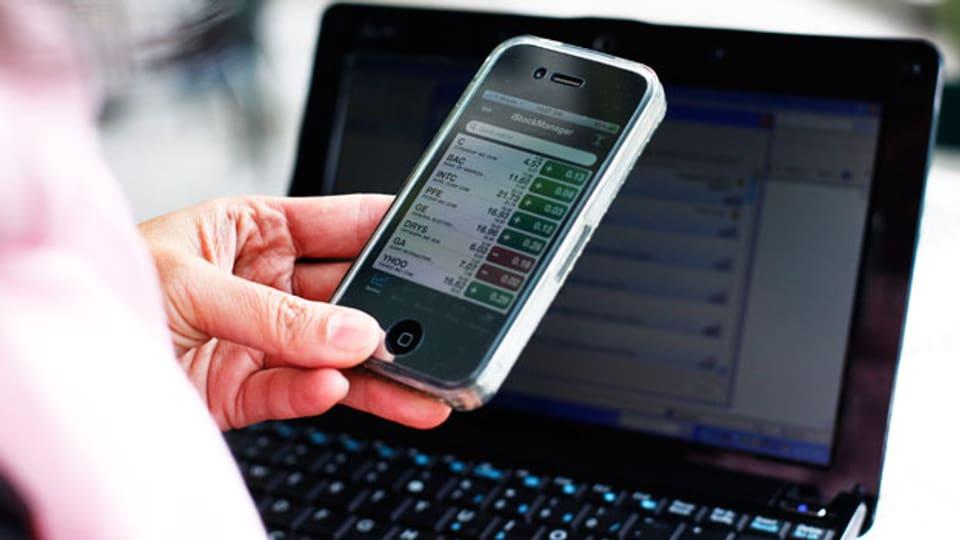 Die Banken umgarnen die Kunden mit elektronischen Zusatzleistungen. Die Digitalisierung der Vermögensverwaltung erfordert hohe Investitionen von der Branche.