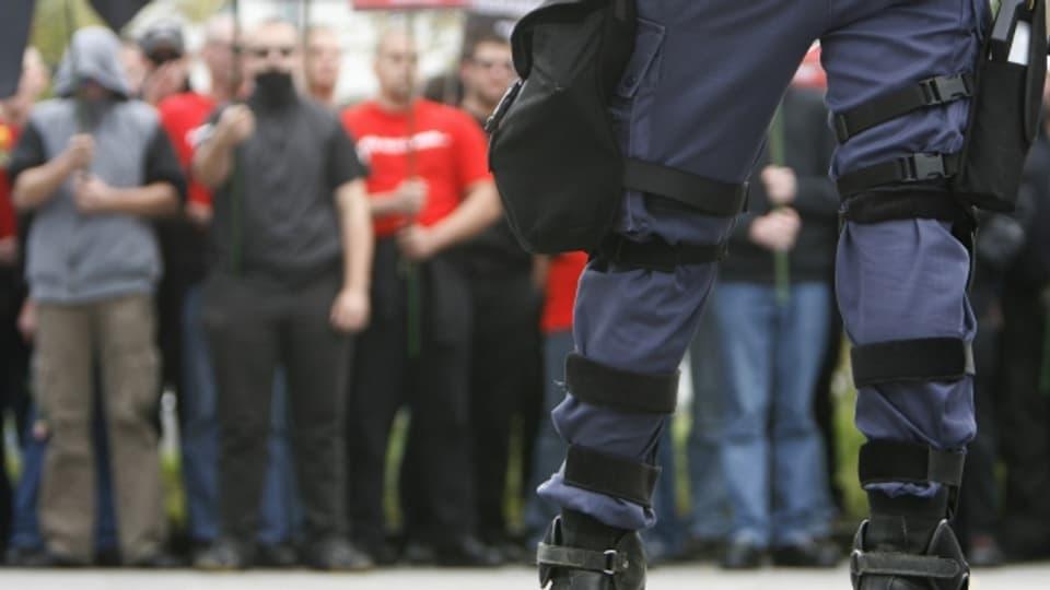 Rechtsextreme versammeln sich in der Schweiz anlässlich einer Demonstration