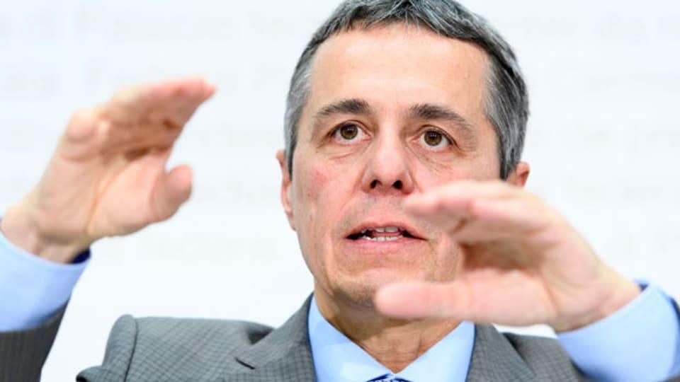 Bundesrat Ignazio Cassis spricht über die Beziehungen Schweiz - EU am 4. Juli 2018 in Bern.