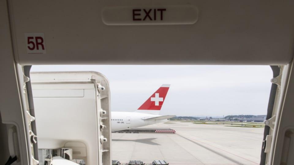 120 Franken zusätzlich für den Flug nach New York? Der Nationalrat diskutiert über Flugticketabgabe.