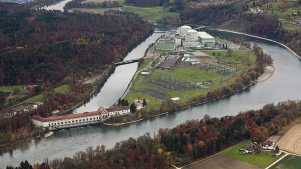 Blick auf das Flusskraftwerk Beznau.