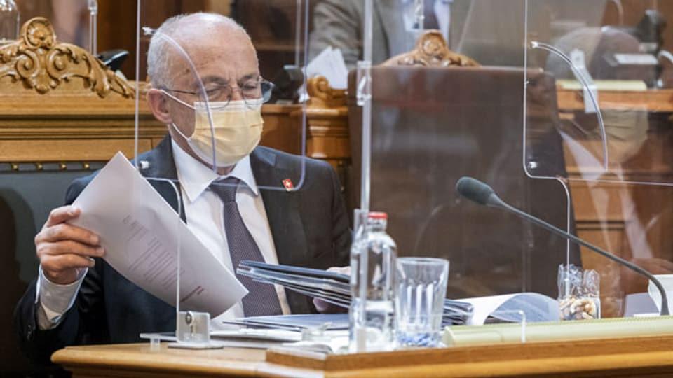 Bundesrat Ueli Maurer bei der Debatte um das Covid-19 Gesetz im Ständerat.