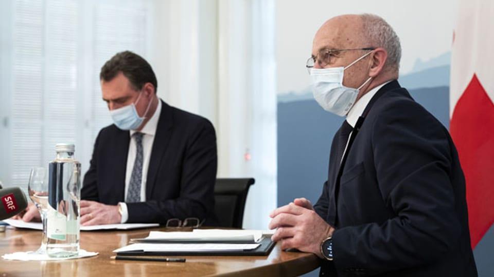 Finanzminister Ueli Maurer (rechts) und Thomas Jordan, Präsident der Schweizerischen Nationalbank.