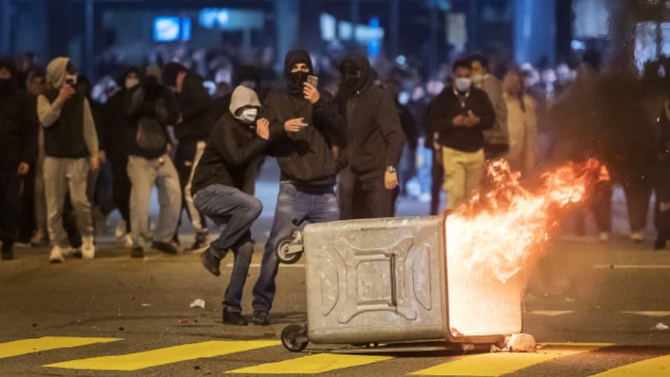 Über Ostern kam es in der Stadt St. Gallen zu Auseinandersetzungen zwischen Jugendlichen und der Polizei.