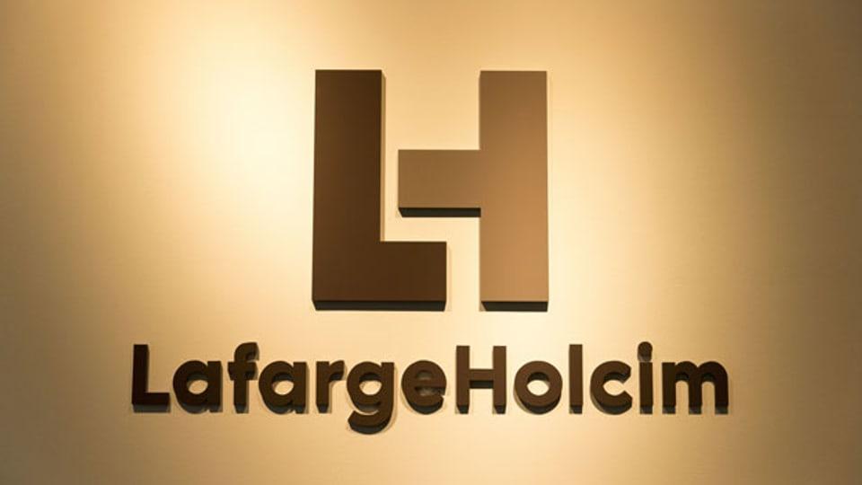 Das Logo des Unternehmens Lafarge-Holcim.