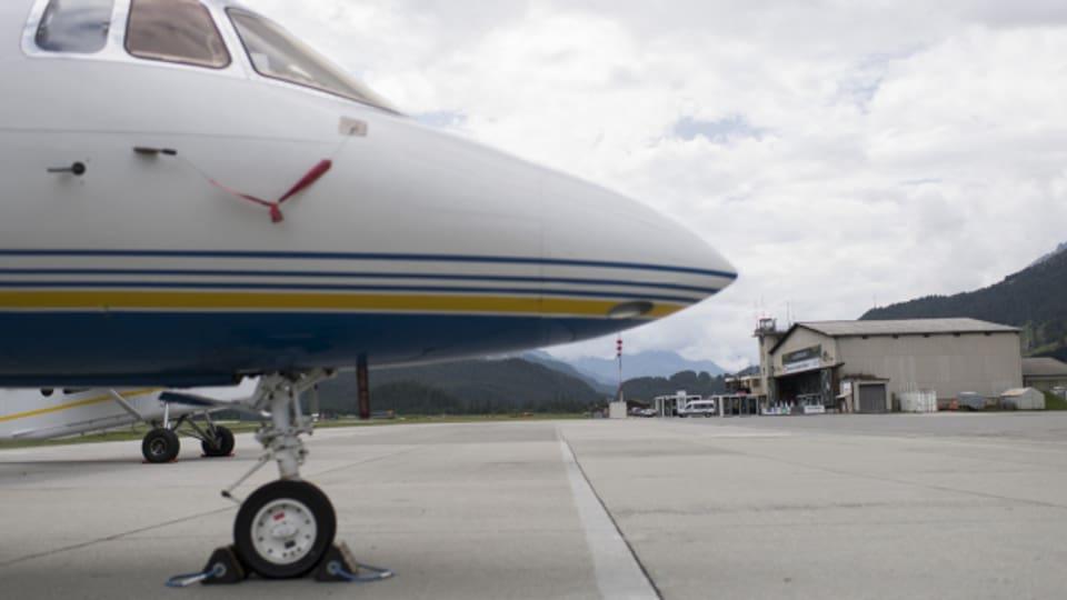 Geht es nach dem Bundesrat, sollen Regionalflughäfen dereinst weniger CO2-Abgabe leisten - im Vergleich zu den grossen Flughäfen in Zürich, Genf oder Basel.