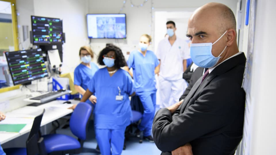 Test-Pflicht fürs Gesundheitspersonal? Der Bundesrat macht Druck bei den Kantonen.