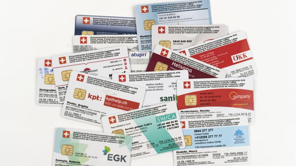 Symbolbild. Krankenkassen-Versicherungskarten.