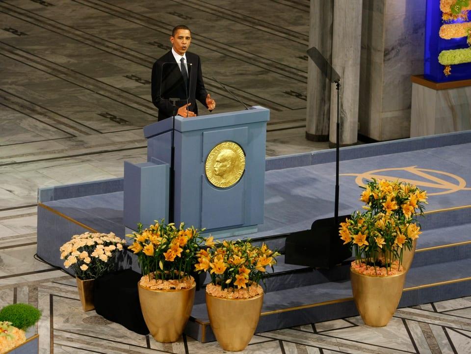 Barack Obama wird mit dem Friedensnobelpreis ausgezeichnet