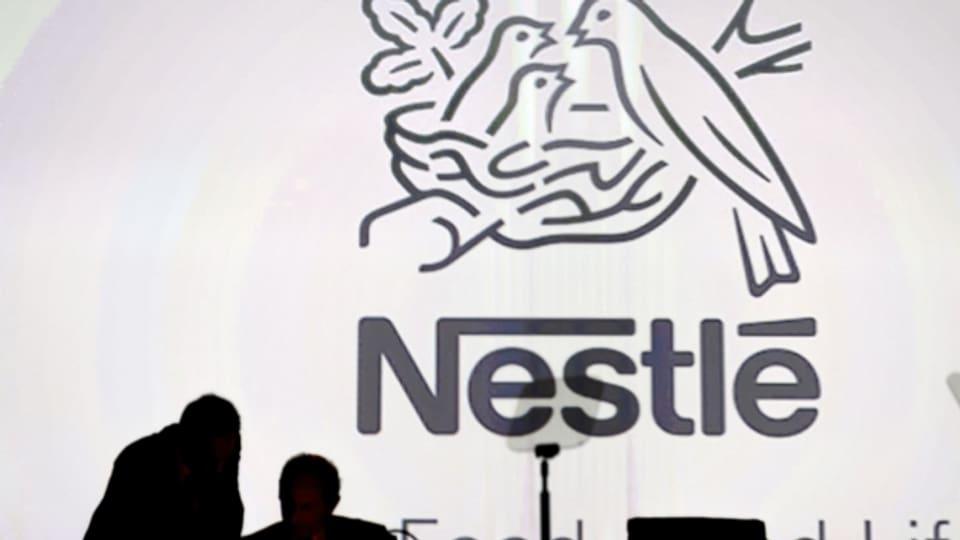 Das Nestle-Logo im Hintergrund einer Pressekonferenz in Lausanne im April 2016.