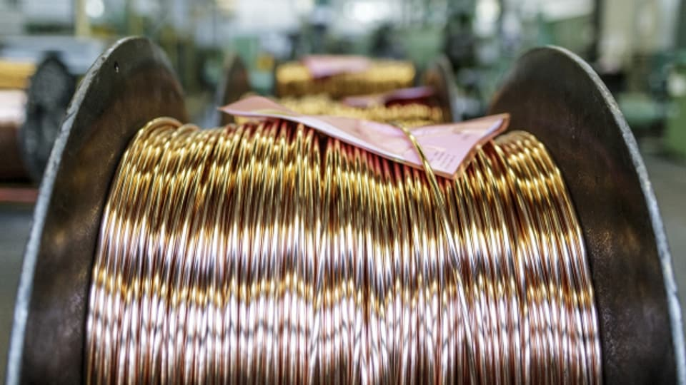 An den Börsen sorgen derzeit die Edelmetalle für Gesprächsstoff: Kupfer beispielsweise ist derzeit so teuer wie seit 2012 nicht mehr. Das ist interessant, weil Kupfer als Gradmesser für die Wirtschaft gilt.