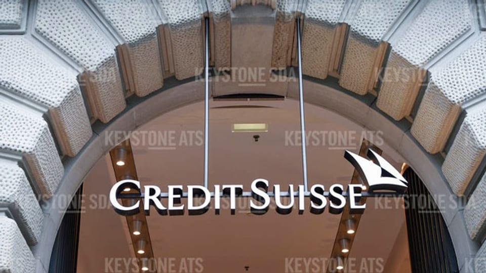 Logo der Credit Suisse am Hauptsitz am Zürcher Paradeplatz.