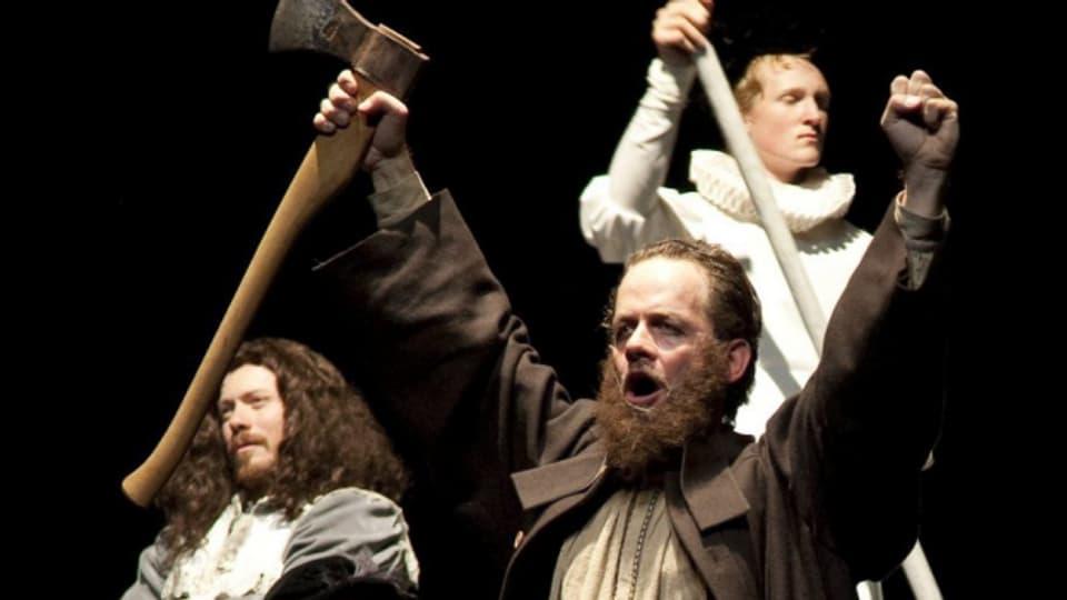 Schauspieler Kaspar Weiss in der Rolle des Jörg Jenatsch im Theater von Chur, 2009.