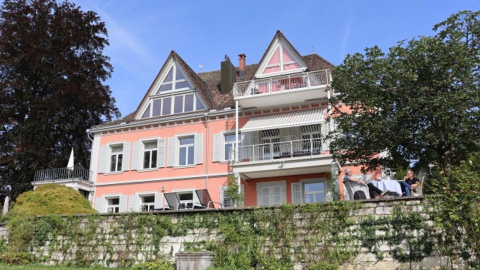Die Villa Berbice kaufte Johann Conrad Winz nach seiner Rückkehr aus der Kolonie in Berbice, dem heutigen Guyana.