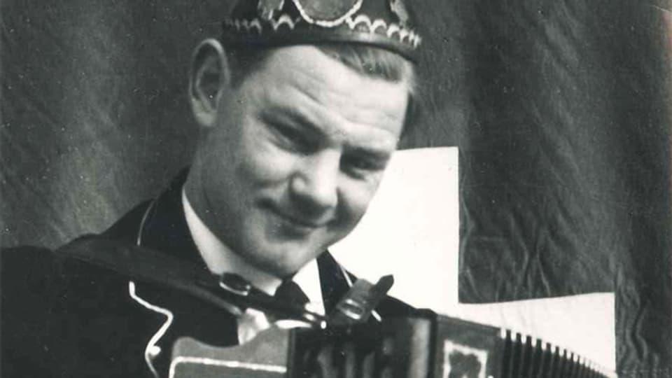 Lorenz Giovanelli wurde am 18. März 1915 in Frutigen geboren und starb am 18. Oktober 1976 in Erlenbach im Simmental.