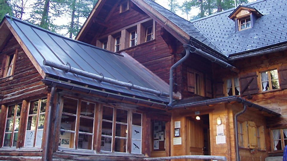 Chamanna Cluozza: Wanderhütte im Herzen vom Schweizer Nationalpark.