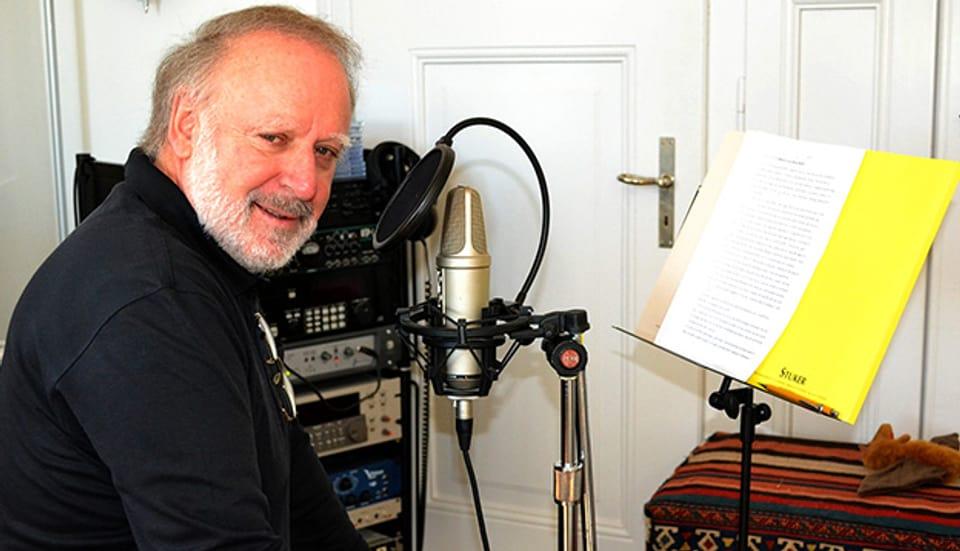 Peter Reber hat die 24 Adventsgeschichten in seinem eigenen Studio produziert.