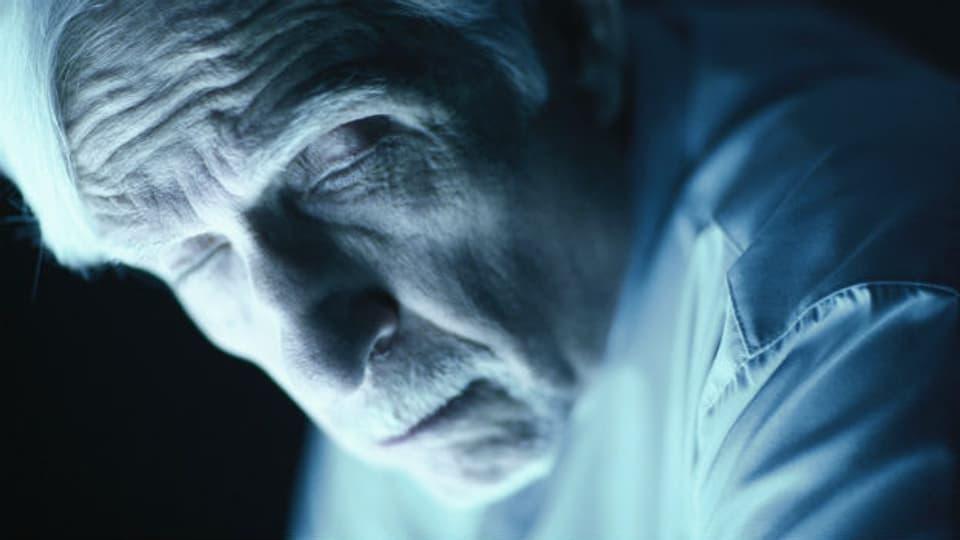Im Alter führt Inaktivität zu einer schlechten Schlafhygiene und damit zum Müdigkeit.