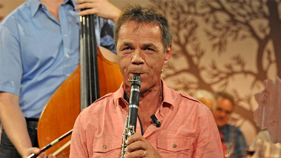 Fritz Dünner im November 2013 in der Sendung «Potzmusig».