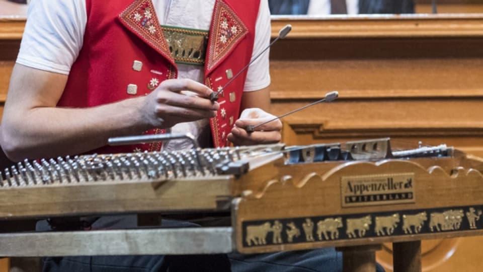 «Sennemusig» heisst die aktuell CD von Nicolas Senn.
