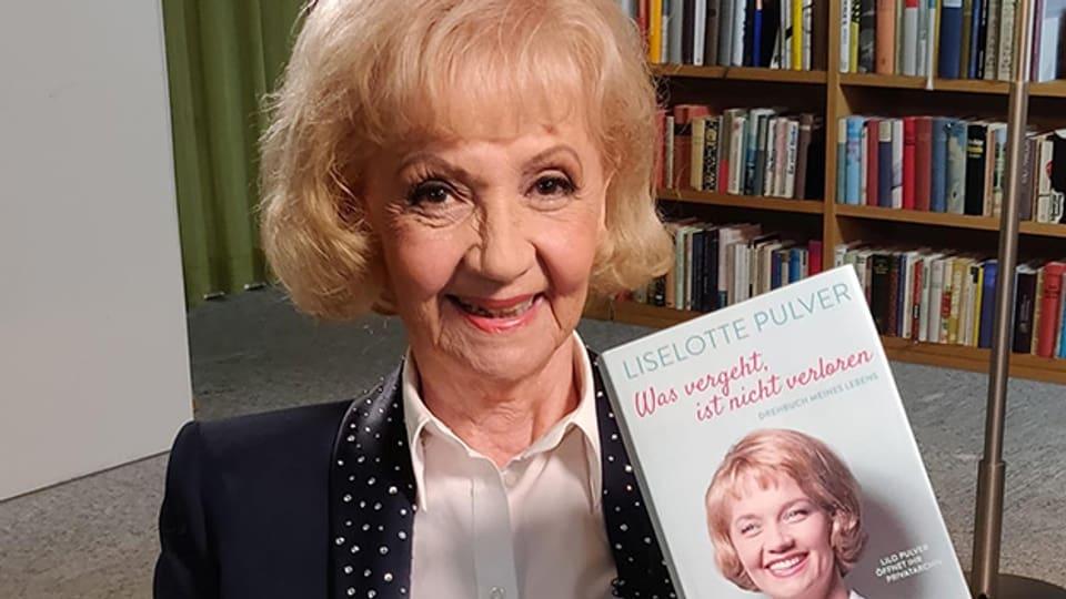 Zu ihrem 90. Geburtstag veröffentlicht Lilo Pulver das Buch «Was vergeht, ist nicht verloren».