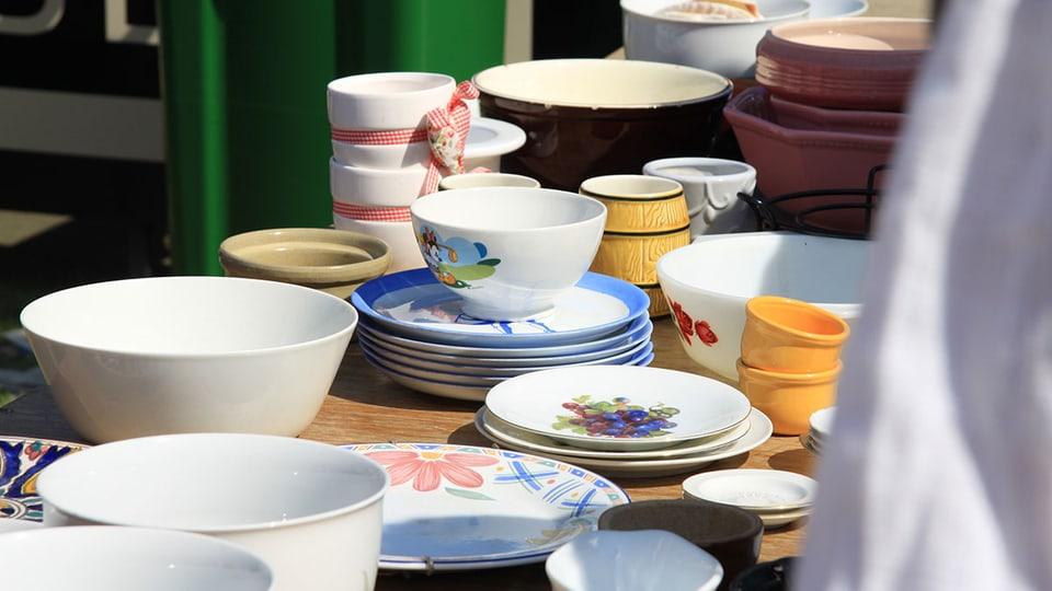 Auch Flohmärkte im Quartier sind eine gute Möglichkeit um Gegenstände an Mann oder Frau zu bringen.
