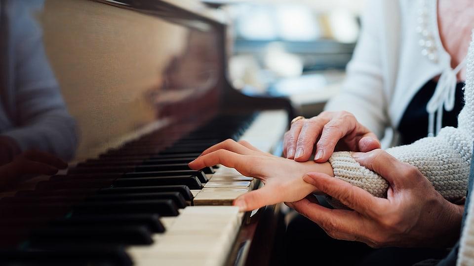 Vor dem Hintergrund der Coronavirus-Pandemie wird am 7. November 2020 der Tag der musikalischen Bildung CH proklamiert.