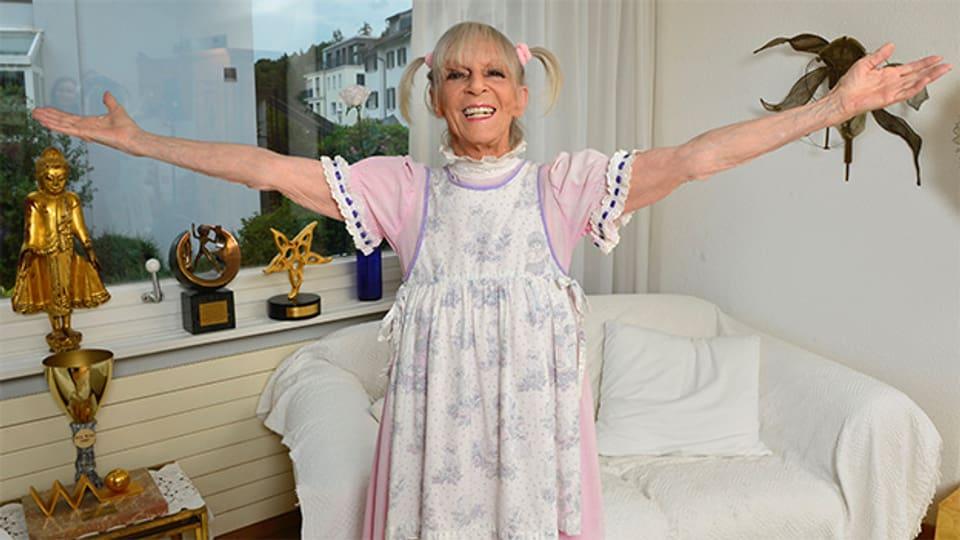 Auch mit 80 Jahren zeigt sich Ursula Schäppi noch als «Goof der Nation». Sie wäre aber auch glücklich über eine Rolle als «Grossmutter der Nation».