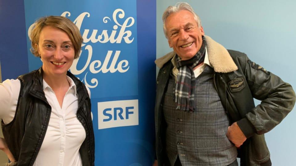 Moderatorin Renate Anderegg und Gast Pepe Lienhard.