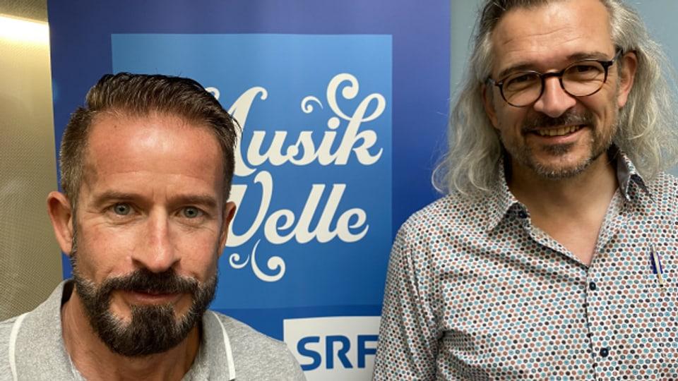 Dani Häusler begrüsst Leonard im «SRF Musikwelle Brunch»