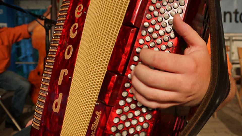 Das Akkordeon kann vielseitig eingesetzt werden, im Orchester sowie auch als Solo-Instrument.