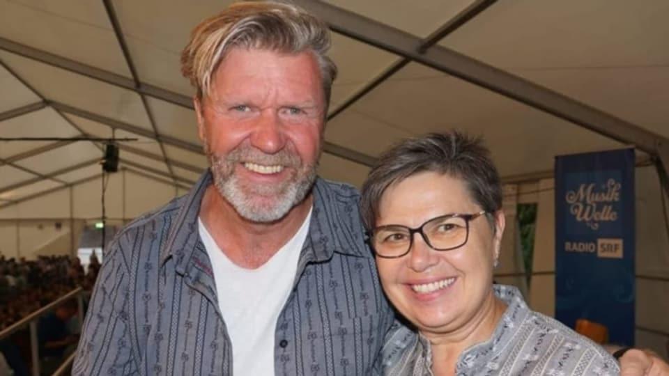 Das Moderationsteam Bernhard Siegmann und Christine Gertschen führt durch die zweistündige Sendung.