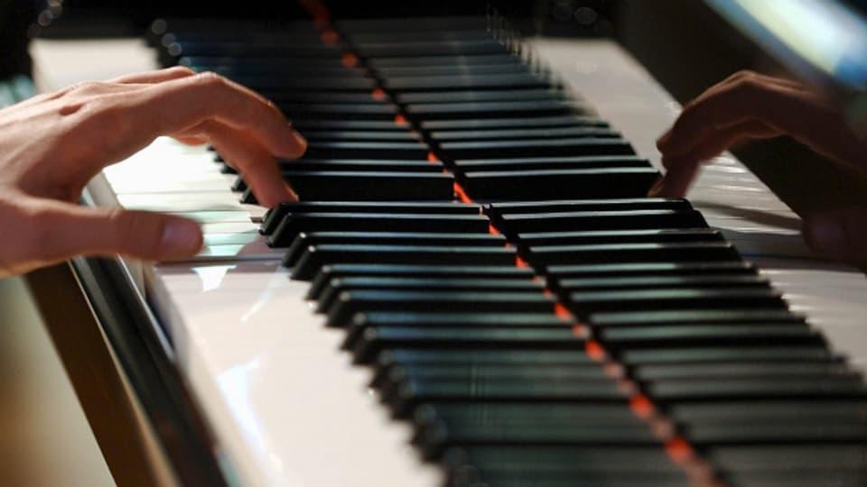 Bei der Aufnahme des Schottisch «Dölfis Laune» fehlt der Pianist Hermann Tanner.