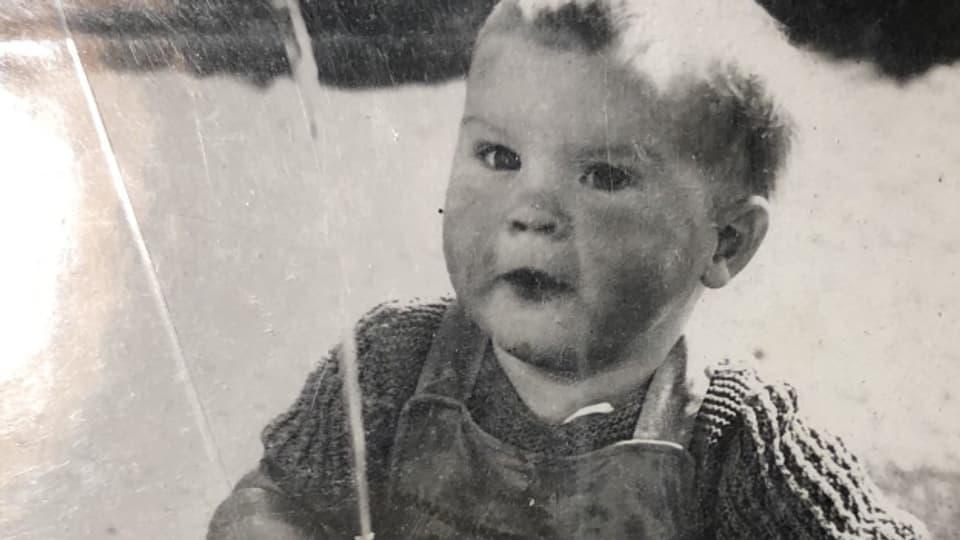 Dieser Schnappschuss von Hannes als kleiner Junge entstand 1941.