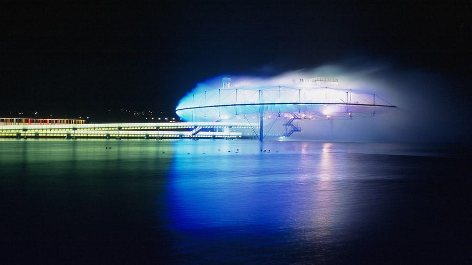 Die künstliche Wolke in Yverdon-Les-Bains war eines der eindrücklichen Projekte an der Expo.02.