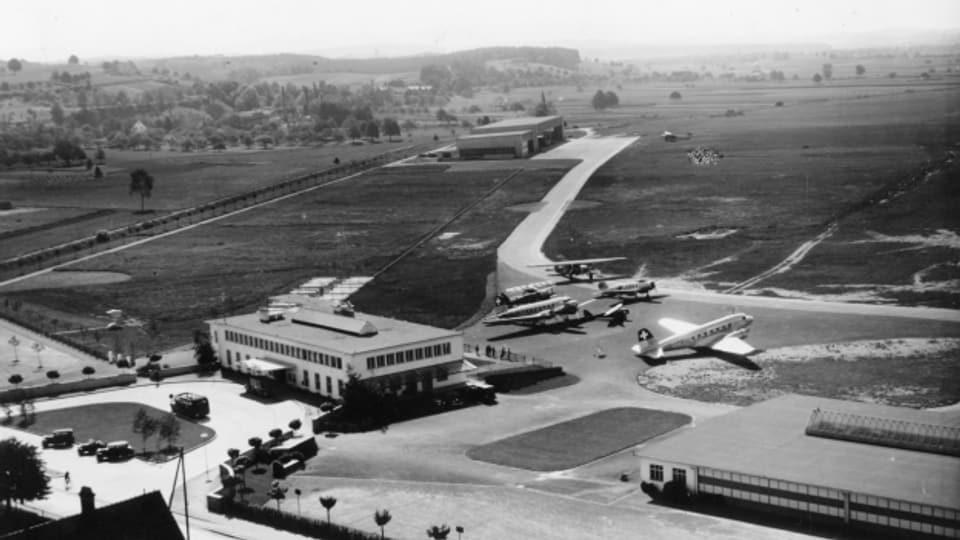 Der Flugplatz Dübendorf war der erste Standort der Swissair.