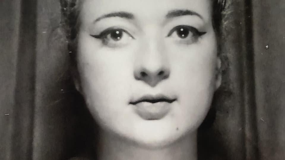 Die Schminke half Simone Sieder nicht immer, sie älter aussehen zu lassen.