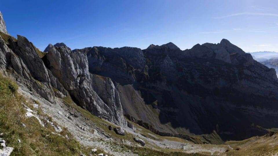 Panoramablick vom Chalbersäntis oberhalb Unterwasser über den Alpstein.