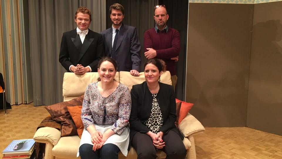 La gruppa da teater da Valendau - Els han dastgà preschentar l'emprim toc a la Biennala a Sagogn.