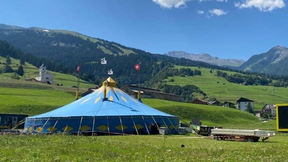 Maramber: Suenter 14 onns puspè in vair circus a Savognin