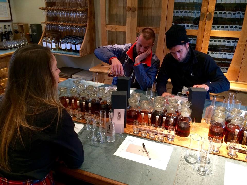Besuch einer Whiskydistillerei in Glengoyne.