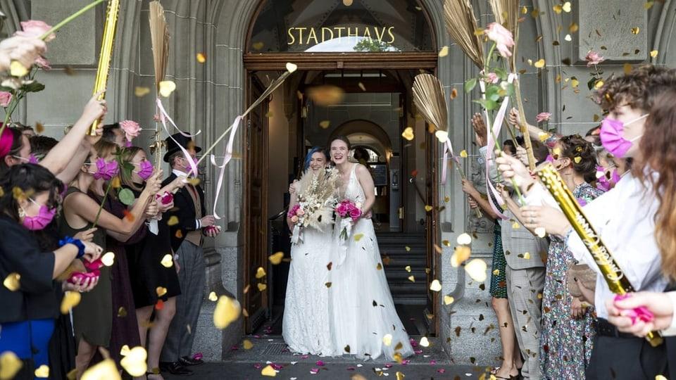 Wie stehen die Kirchen zur «Ehe für alle»?