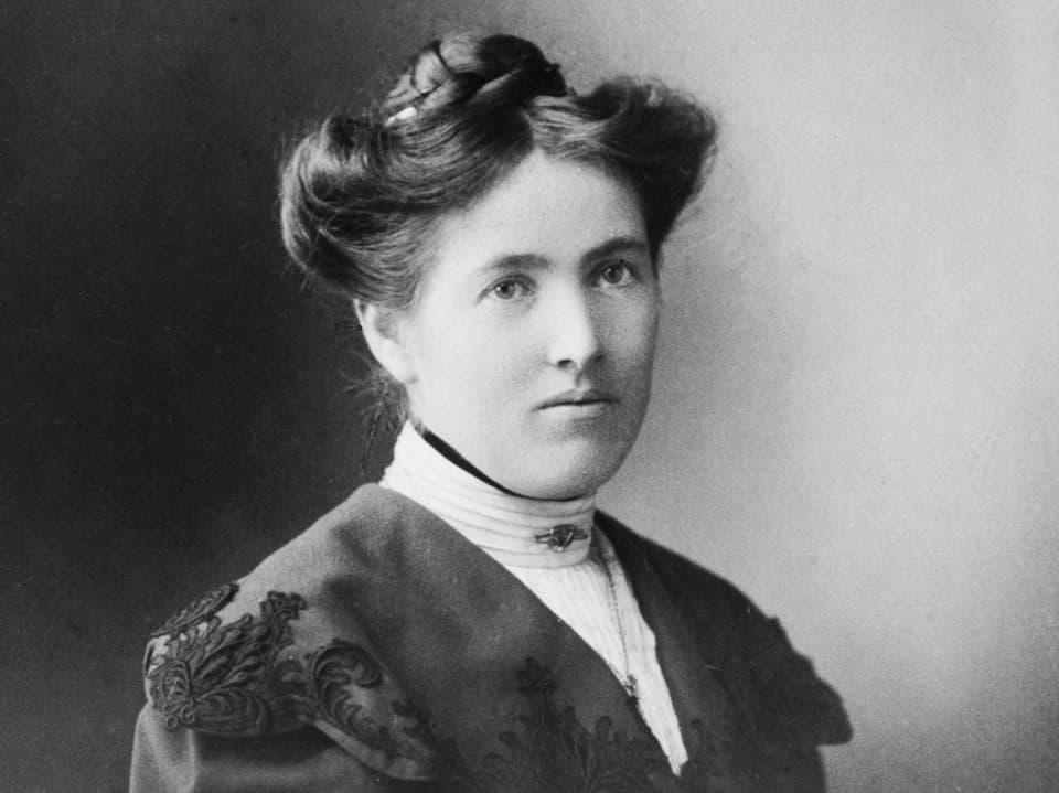 Porträtbild von Elsbeth Züblin-Spiller
