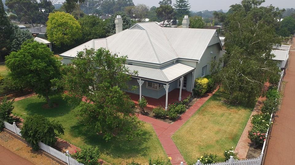 Dieses schmucke Haus hat die Familie Schmid in Narrogin (West Australien) gekauft.