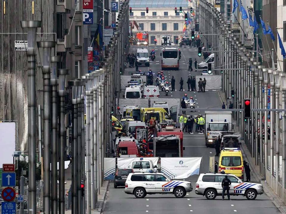 Ort der U-Bahn mitten im Brüsseler EU-Viertel nach der Explosion.