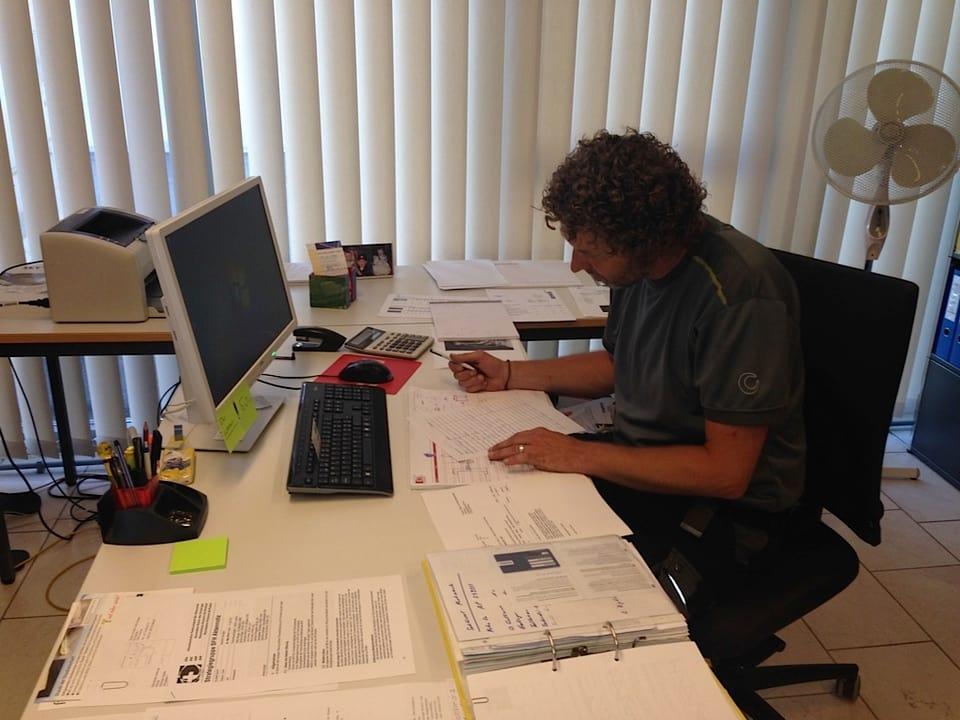 Walter Hediger ist  Schulhauswart in Untervaz, seit zehn Jahren.