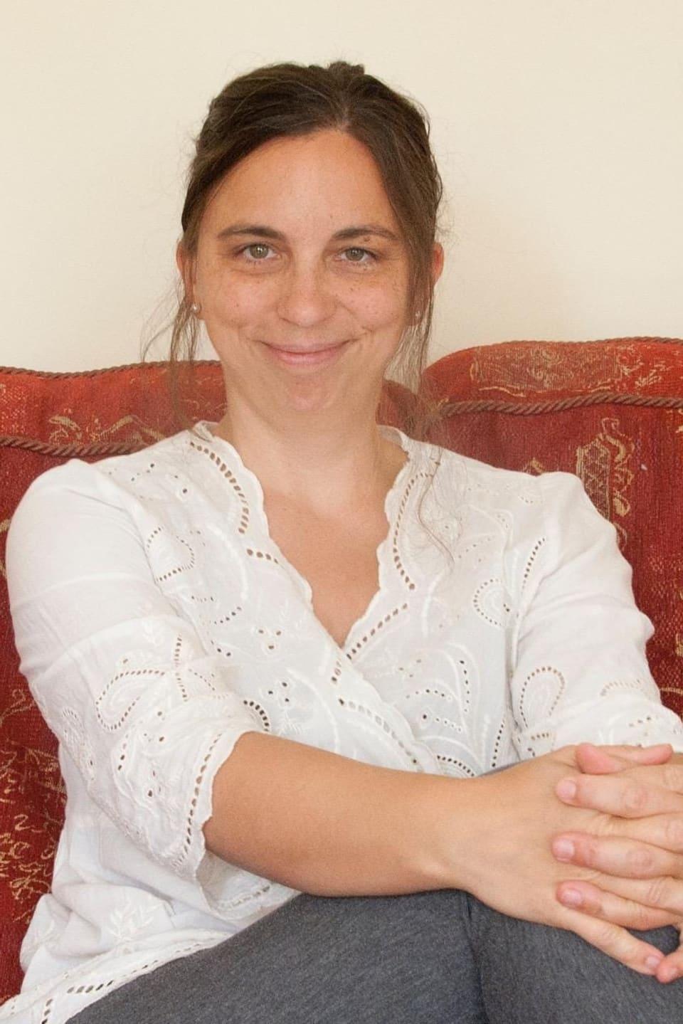 """Antonia Bertschinger – l'autura da la trilogia """"Bergünerstein"""""""
