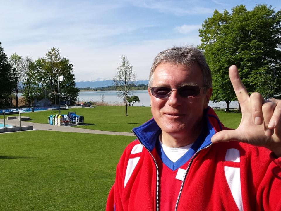 Bademeister Roland Küpfer im Freibad Pfäffikon (ZH).